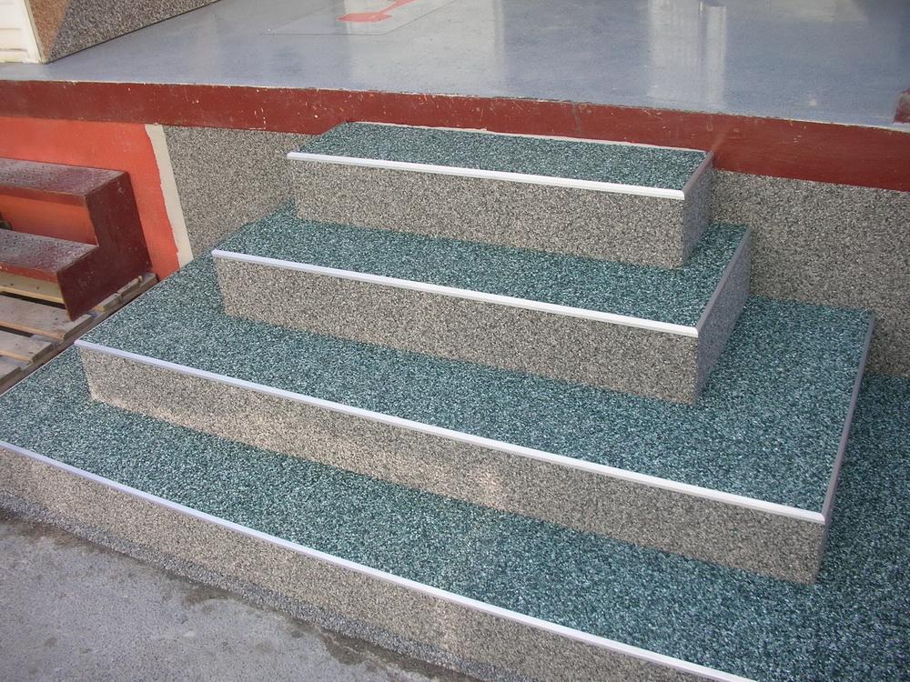 Treppensanierung Flüssigkunststoff